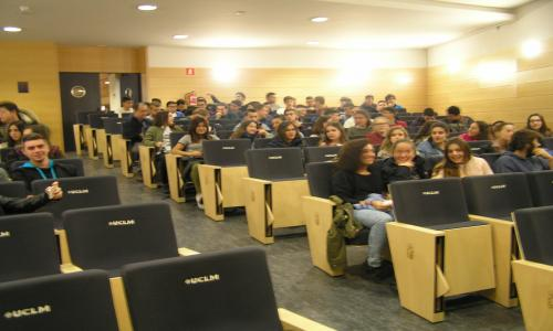Seminario sobre seguridad UIMP-Defensa 2016. alumnos bachillerato